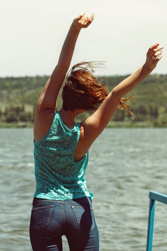 femme-libre-se-sentir-bien